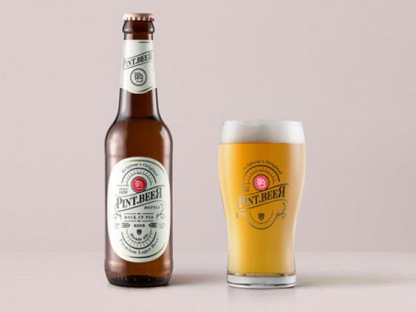 beer-drink-alcohol-bottle-glass-pint-amber-packaging-presentation-mockup-free-psd